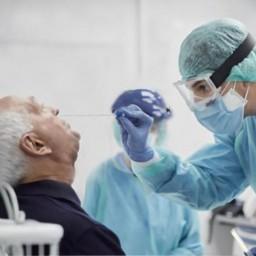 Antigen test afgenomen met neusswab